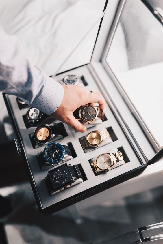 3 Benefits of Keeping the Watches in a Watch Winder Safe